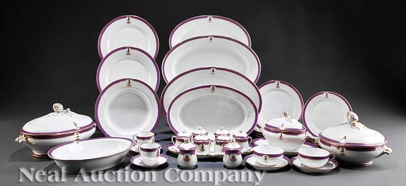 0004: Paris Porcelain Gilt, Polychrome Dinner Service