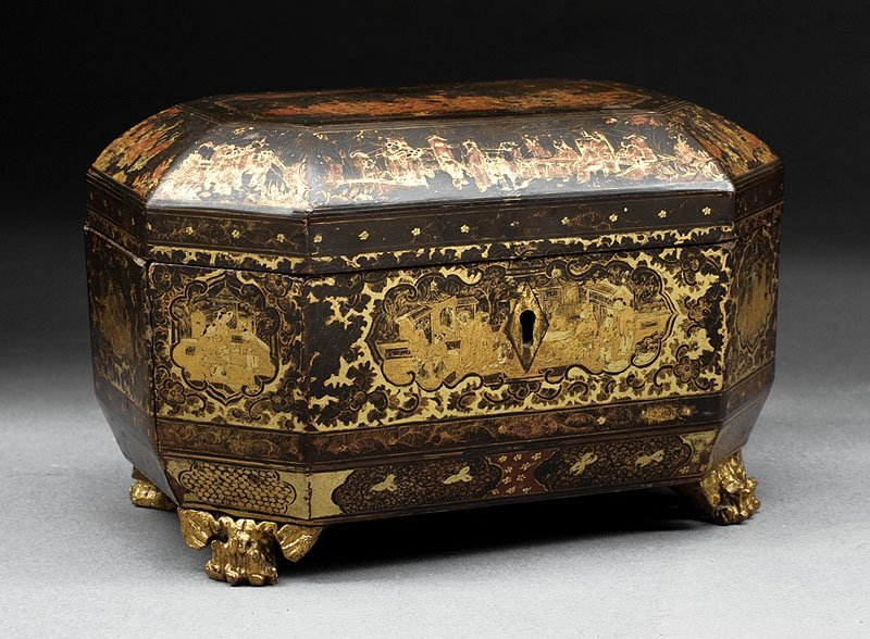 Chinese Export Gilt Decorated Lacquered Tea Caddy