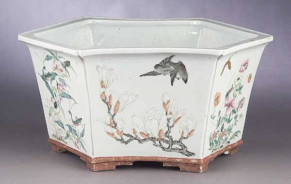 0001: A Chinese Porcelain Jardiniere