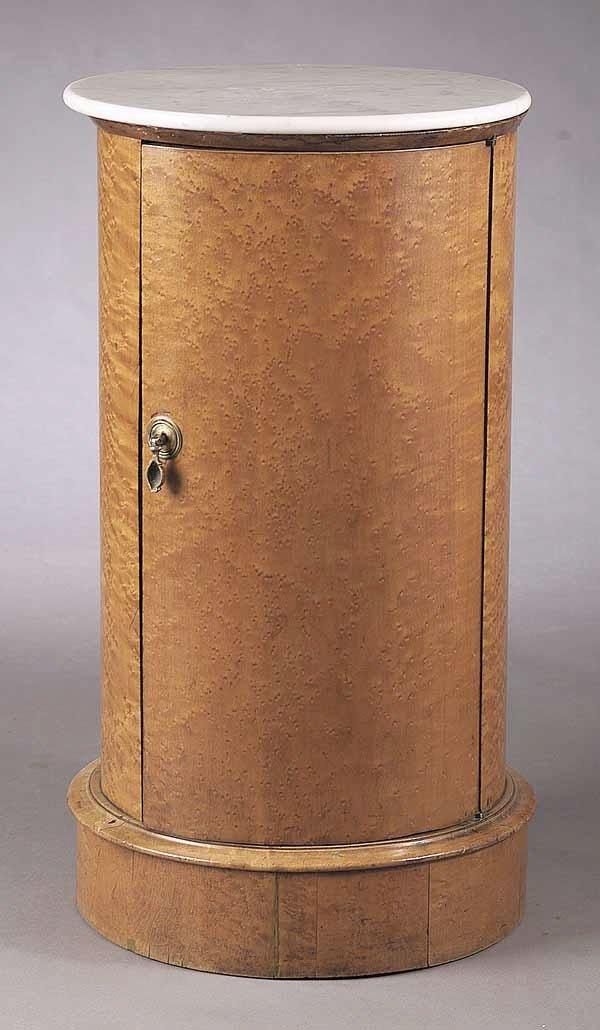 0010: A William IV Birdseye Maple Pedestal C