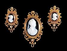 14 kt Gold   Stone Cameo BroochEarring Set