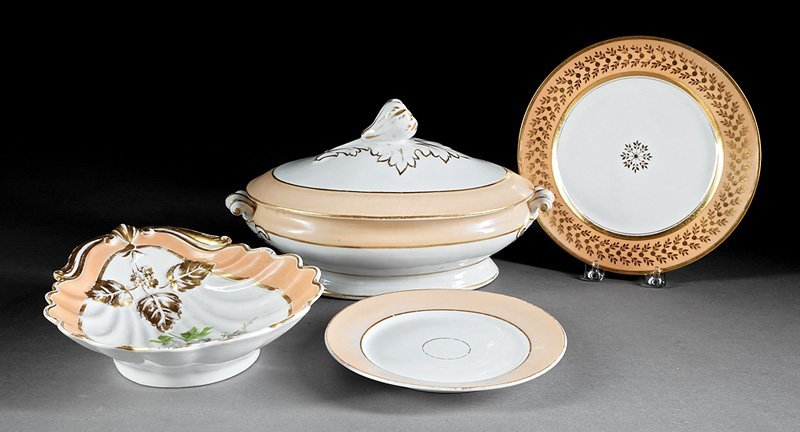 Honoré Paris Salmon and Gilt Porcelain Plates