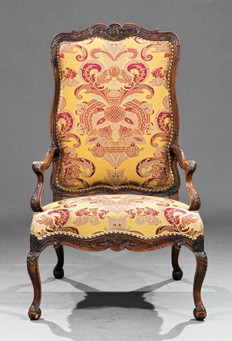 Provincial Louis XV-Style Carved Walnut Fauteuil - 2
