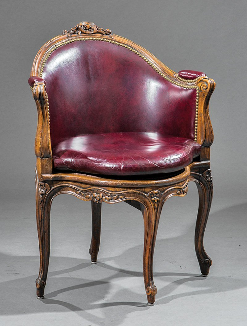 Louis XV-Style Carved Walnut Bergere de Burea