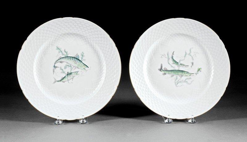 Twenty-Nine Porcelain Fish Plates, Guerin - 4