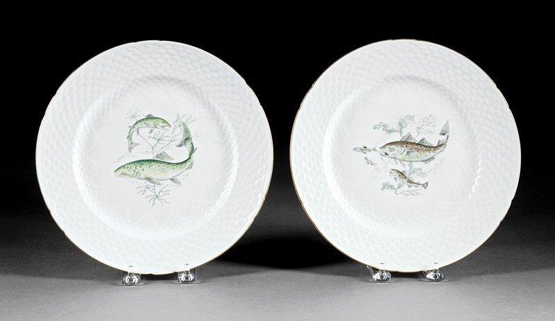 Twenty-Nine Porcelain Fish Plates, Guerin - 5
