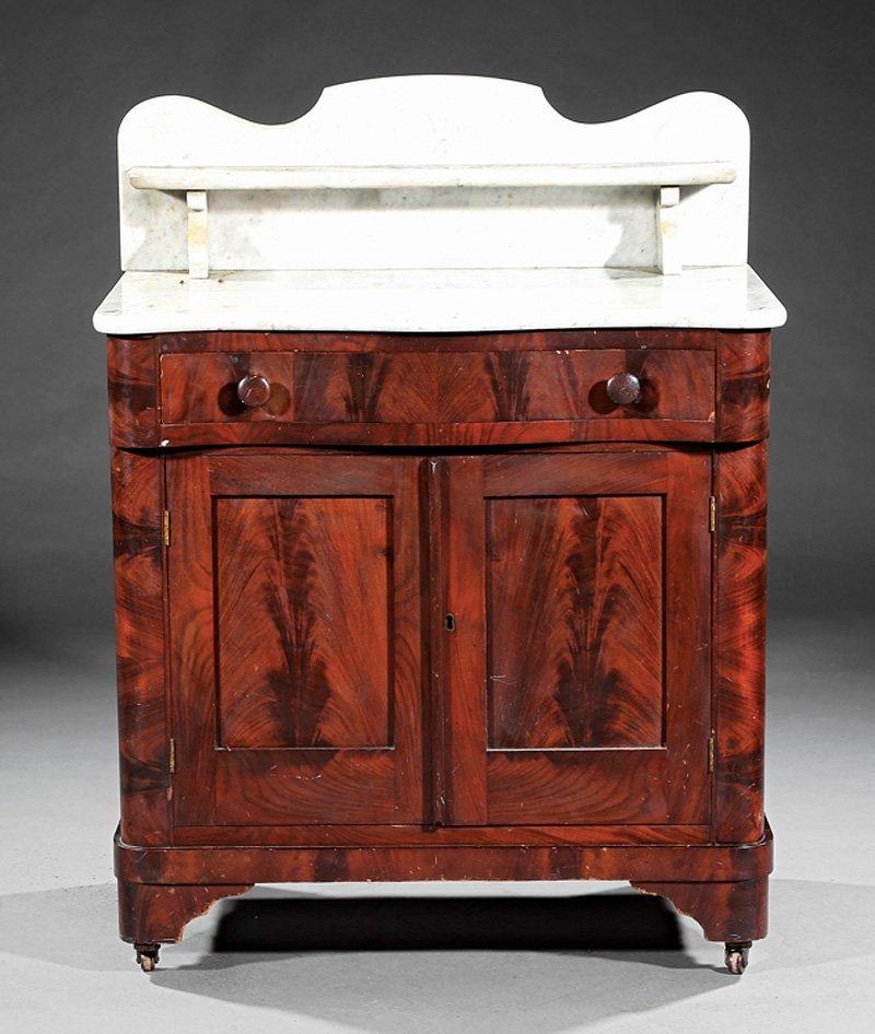 American Late Classical Mahogany Washstand - 2