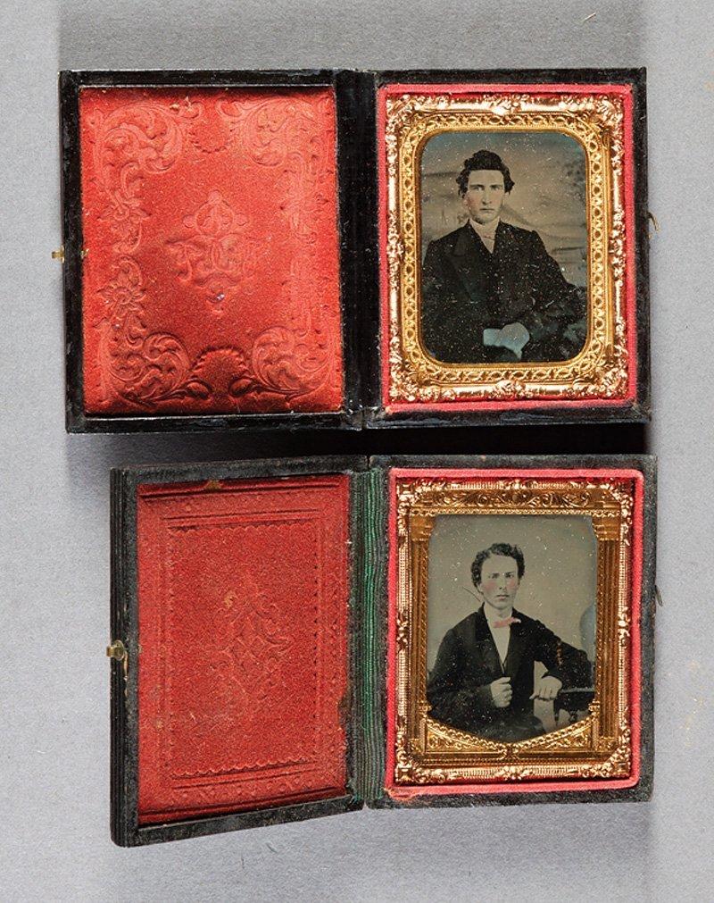 [Cased Images] Portraits of Gentlemen - 5