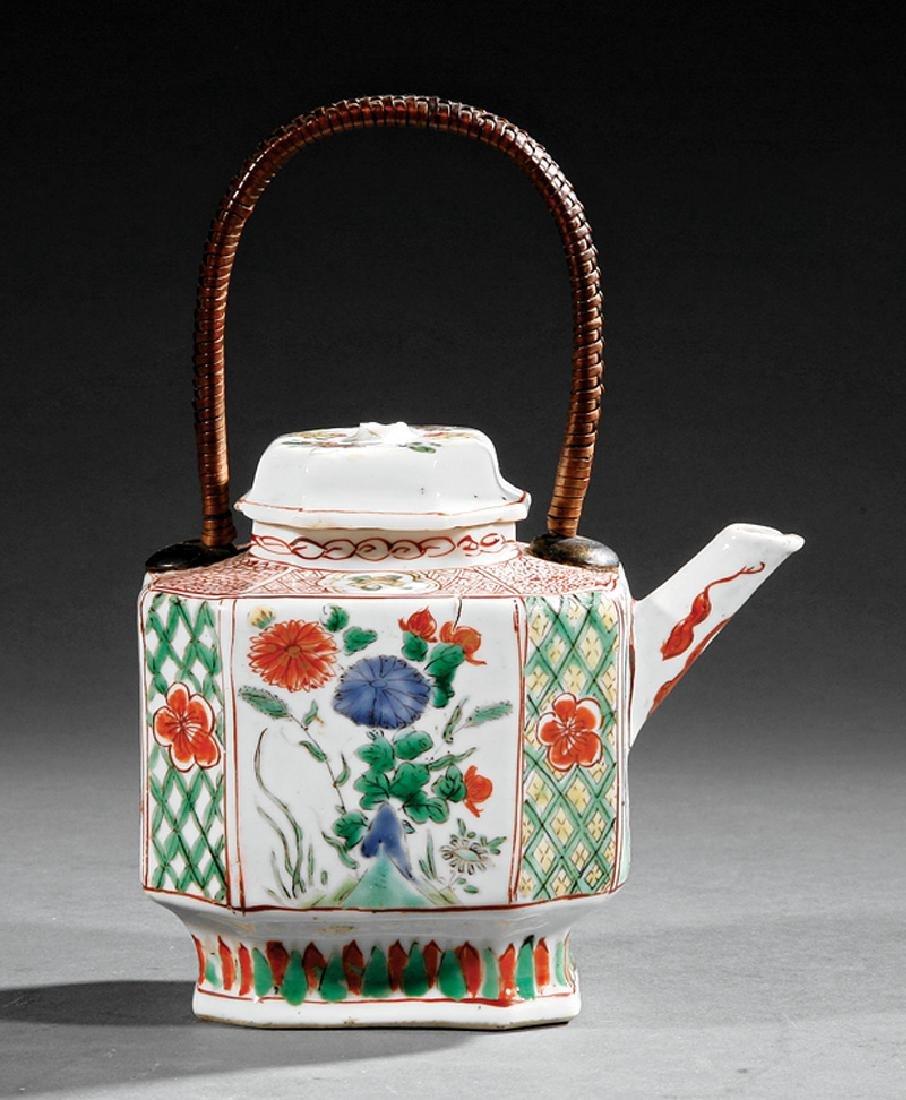 Chinese Export Famille Verte Porcelain Teapot