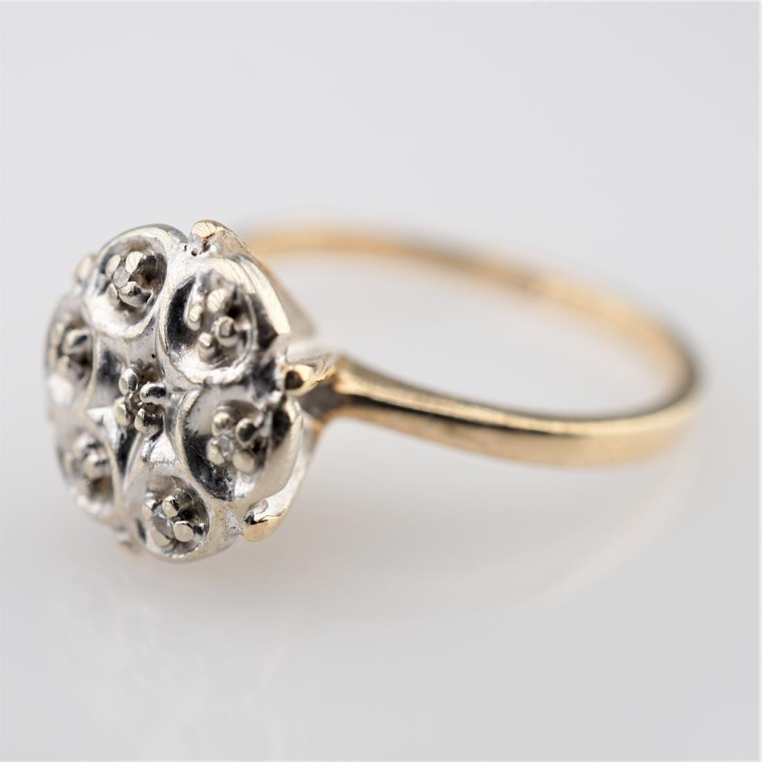 WG/YG Floral Ring sz 5.5