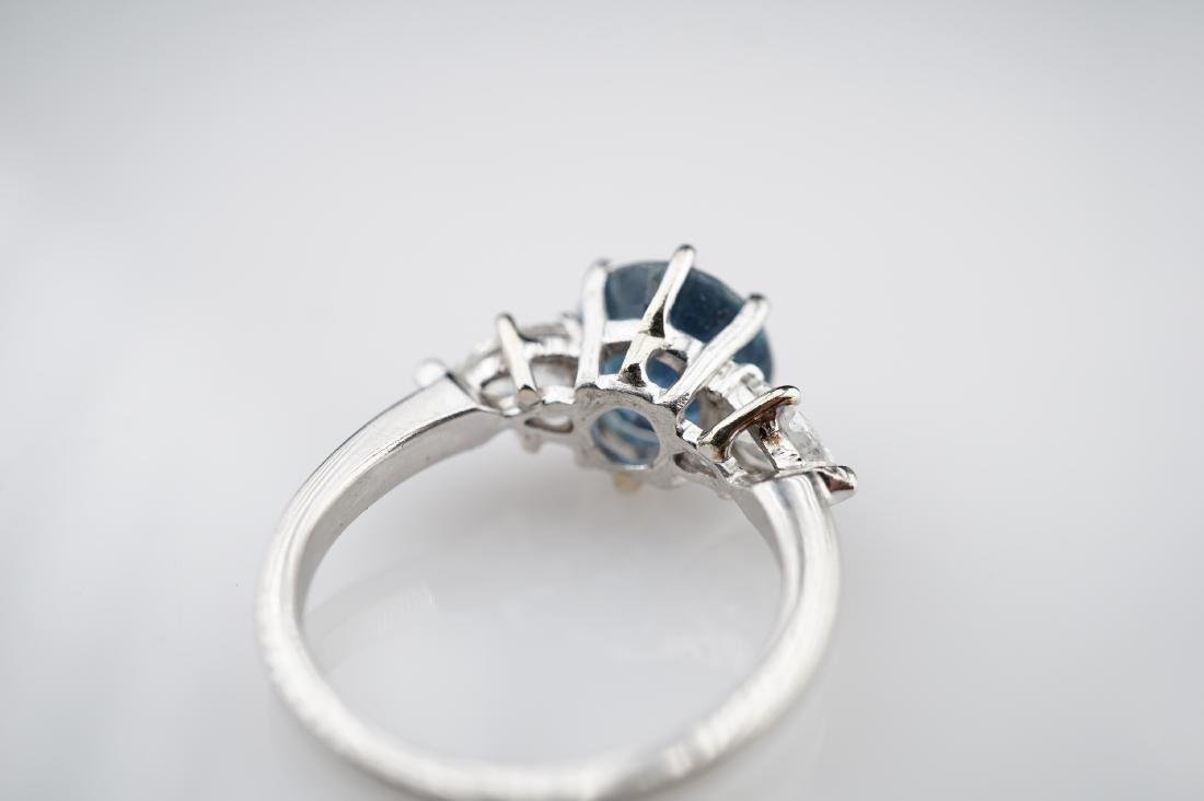 2 CT Cornflower Blue Ring with 1.50 CTTW of Diamonds sz - 4