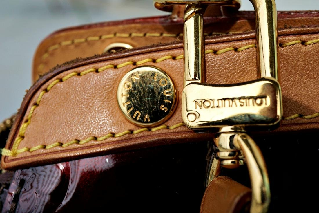 Louis Vuitton Brea Amarante Monogram Vernis Tote - 3