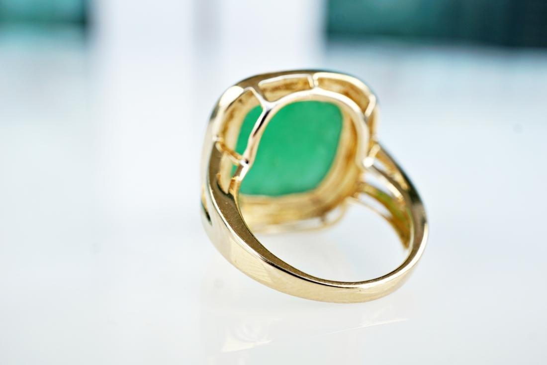 14k YG 6 CT Jade Ring sz5 - 4