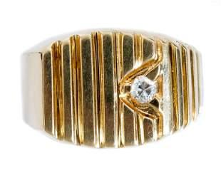 14k Yellow Gold & Diamond Men's Ring Size 10