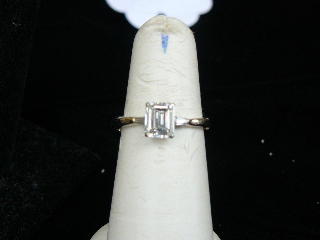 1.50 Carat emerald cut diamond ring - 2