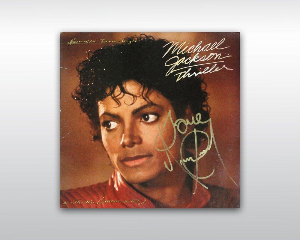 16: MICHAEL JACKSON SIGNED 12-INCH THRILLER USA SINGLE