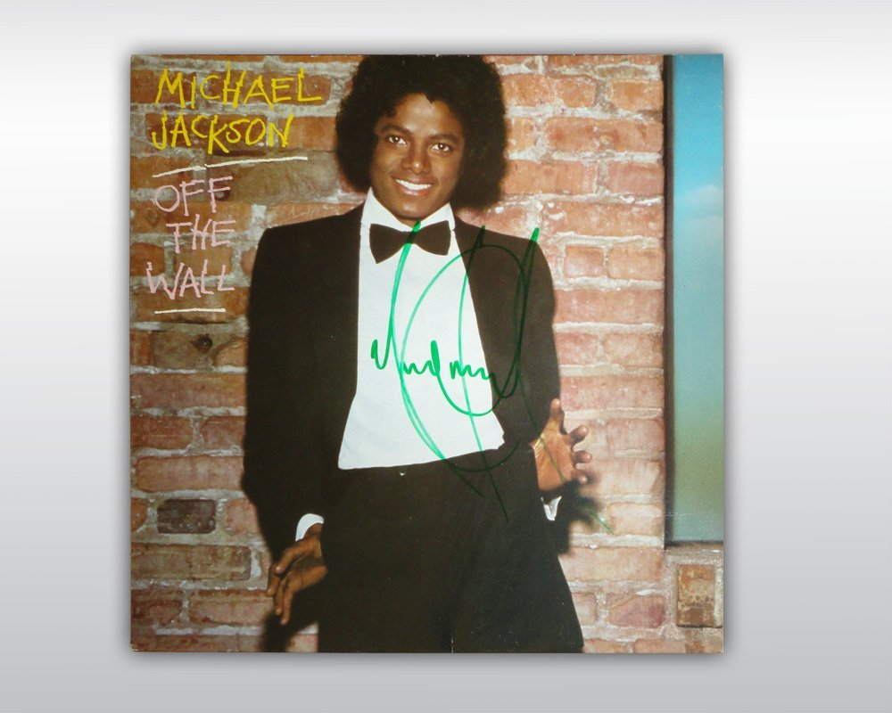 MICHAEL JACKSON SIGNED OFF THE WALL 12-INCH ALBUM