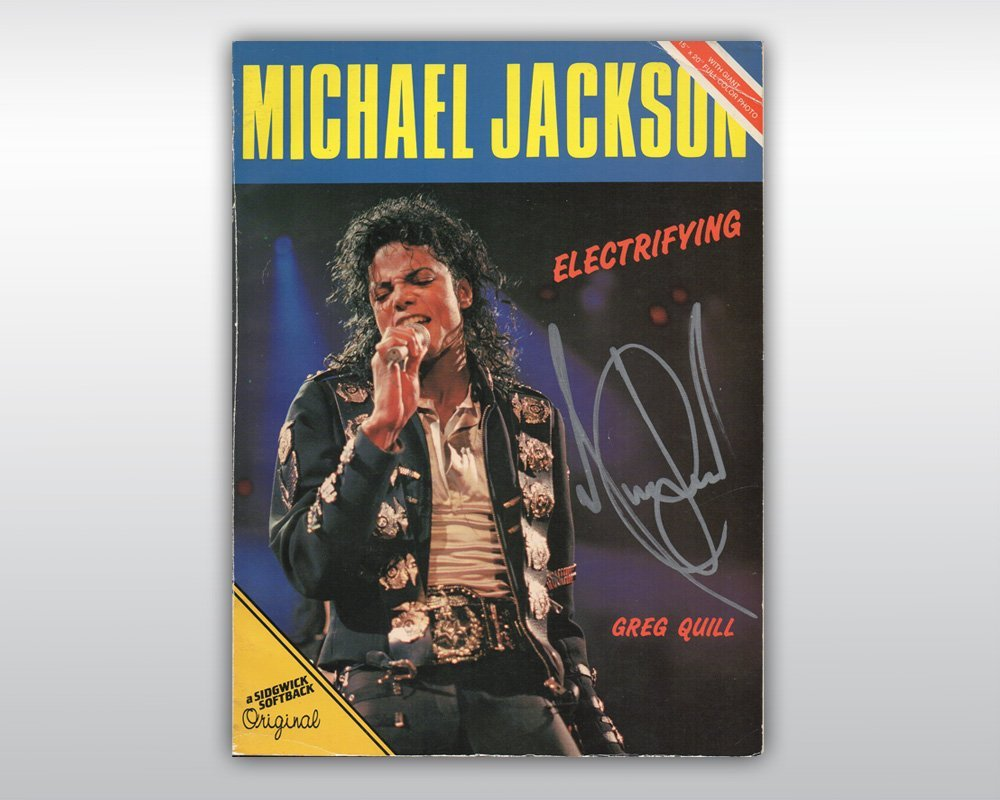 MICHAEL JACKSON SIGNED ENGLISH BOOK