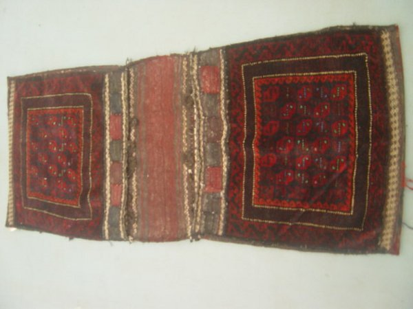 19:  Semi Antique Rugs Persian Saddle Bag Rug 5x2