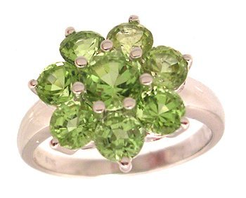 4105: 14KW 3.11ctw Peridot Round Flower Cluster Ring