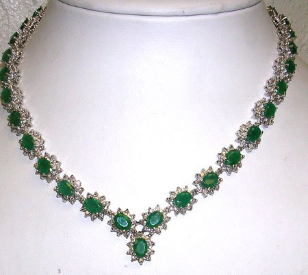 4184: 14KW 26.5ct Emerald 7.5ct Dia Necklace APPR $1656