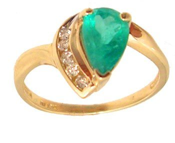 7109: 10KY .92ct Emerald Pear Diamond Channel Ring