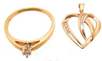 7111: 10KY Diamond Heart Pendant Diamond Marq Ring Set