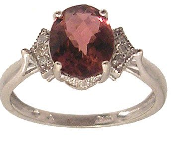 7309: 10kw 1.61ct Pink Tourmaline Oval Diamond Ring