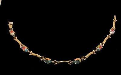 8106: 14kty 5.4cttw Sea Mist Topaz Oval Diamond bracele
