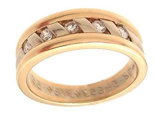 14KY .33cttw Diamond Rd Ribbed Mens Estate Ring