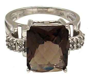 1330: 14KW 4ct Smokey Quartz checkerboard Diamond Ring