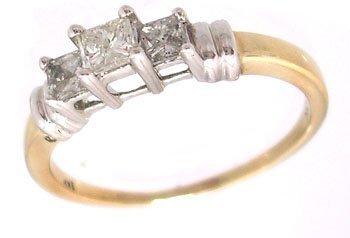 2315: 14KY .50cttw Diamond Princess 3-Stone Ring I1 H-J