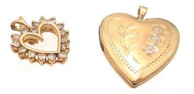 3119: 2PC 14KY .24ctw Diamond Heart Pendant Set