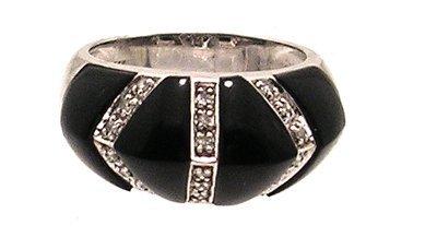5107: 14KW Onyx Inlay Diamond Dome Ring