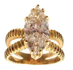 5190A: 18KY 3.86ct Diamond Marquise Ring APPR $34688.00