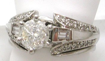 1118: 14KW .75cttw Diamond Pressure Set Wedding Set