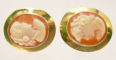 3110: 18KY Italian Cameo 12x10mm stud earring