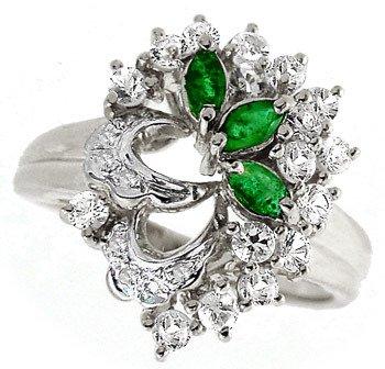 4021: WG 1cttw emerald white sapphire dia ring