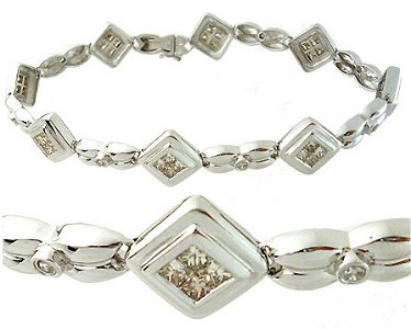 5050: 14WG 2.58ctw Diamond Princess cut bracelet
