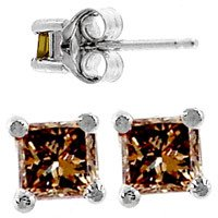 2114: WG .27ct Diamond princess stud earring