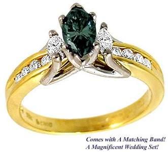 3280: 18KY.45 Green Diamond .33ct Diamond ring