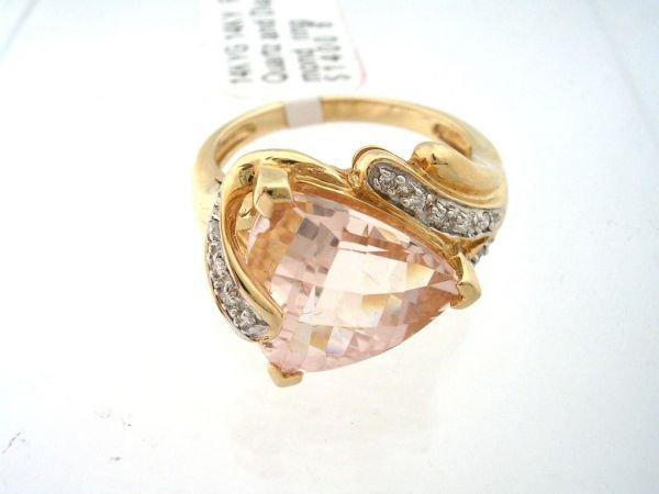 4156: 14KY Rose Quartz and Diamond ring