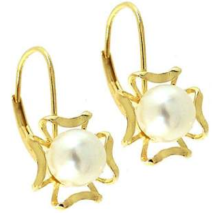 610003 7mm white Pearl flower leverback Earring