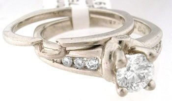 5267: 659100 Platinum .75cttw NICE Diamond 2pc wed ring