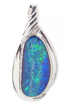 3029: 14WG 7.66ct opal doublet diam enhancer pendant