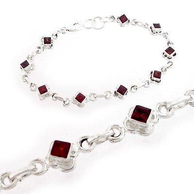 4012C: Silver Garnet Vintage Style Princess bracelet