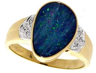 14KY 1.45ct opal bezel .03ct diamond ring