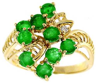 14KY 1.50ct Emerald cluster dia ribbon ring