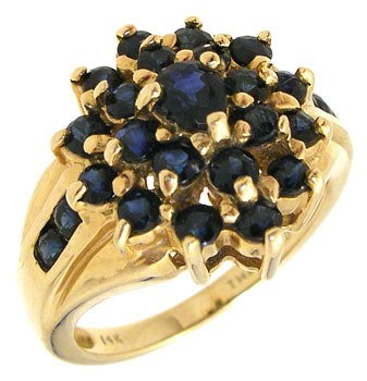 2276: 14KY 1.25cttw Sapphire cluster ring