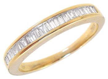 2295: 14KY .30ct diamond bagguette channel ring